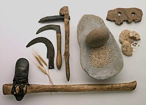 Armas y herramientas de piedra prehistóricas