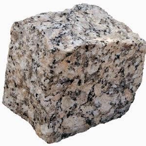 La madera es un ejemplo de una mezcla heterogenea, pues en ella se pueden distinguir vetas de diferentes tonalidades. Algunos minerales también son mezclas heterogéneas, como en el caso del granito, en el que se reconoce los tres tipos de minerales que lo constituyen.